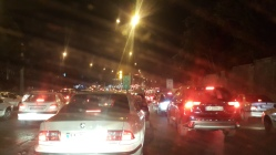 Trânsito insano em Teerã
